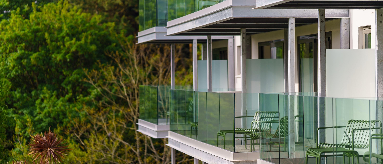 Hotel Meudon balconies