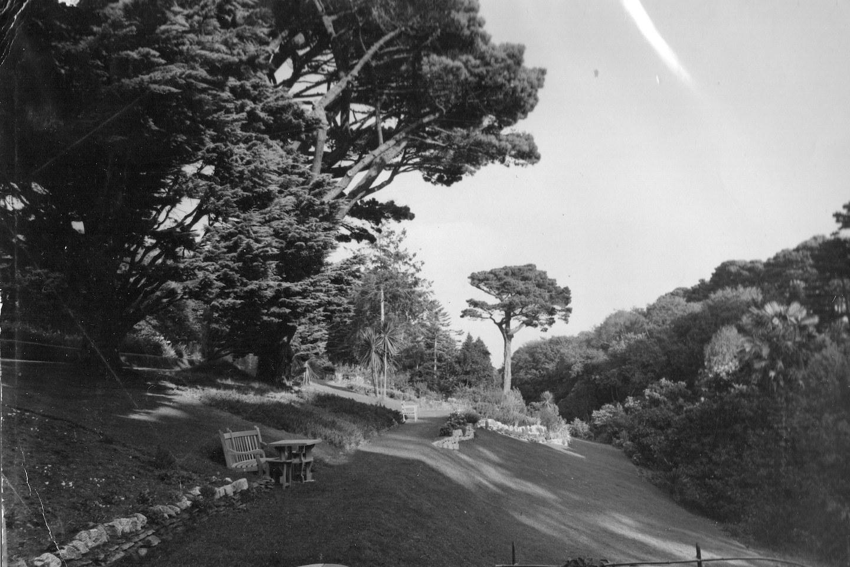 Meudon historical garden pic